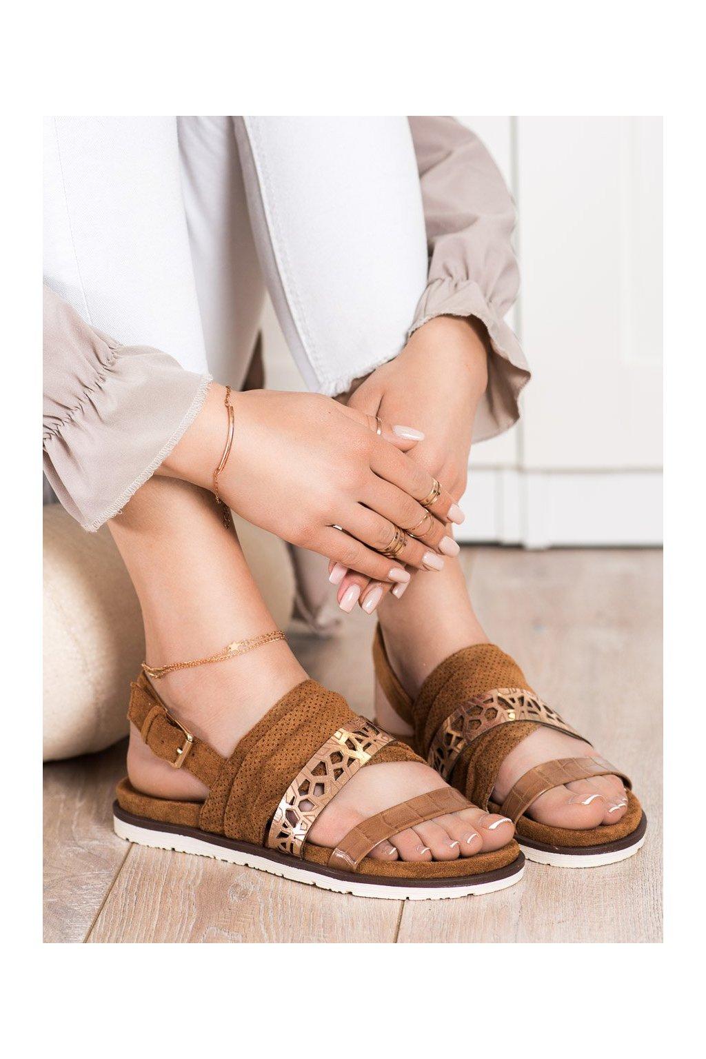 Hnedé sandále Evento kod 21SD35-3570C