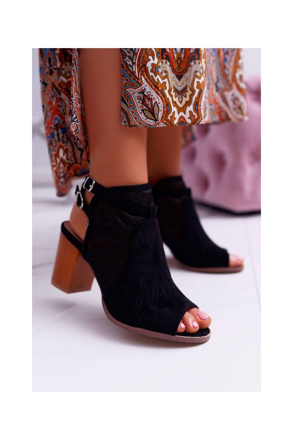 Dámske sandále na podpätku farba čierna NJSK 9PB40-0904 BLK