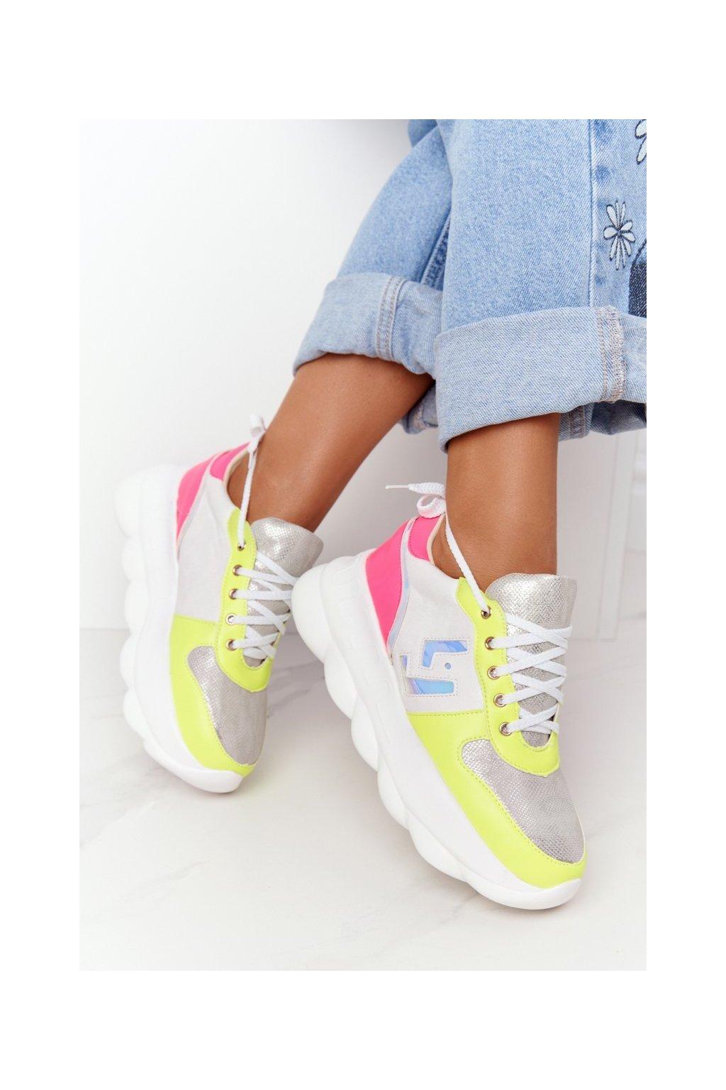 Dámske tenisky farba biela kód obuvi 002-8 WHITE