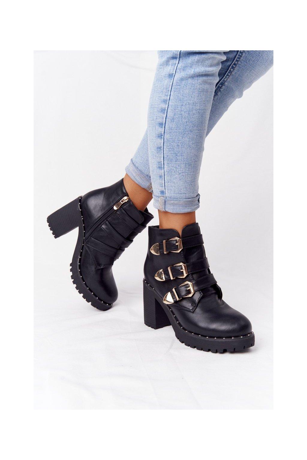 Členkové topánky na podpätku farba čierna kód obuvi D37-7 BLACK