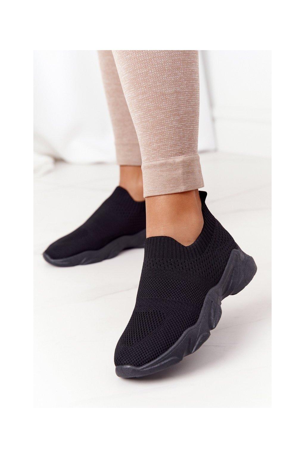 Dámske tenisky farba čierna kód obuvi NB500 BLACK