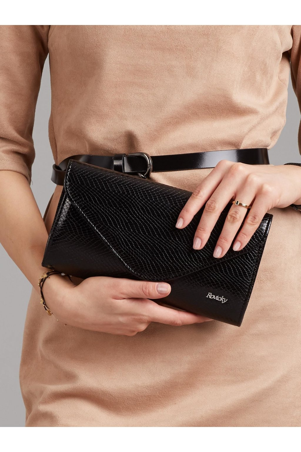 Listová kabelka čierna kód W35Extra47w