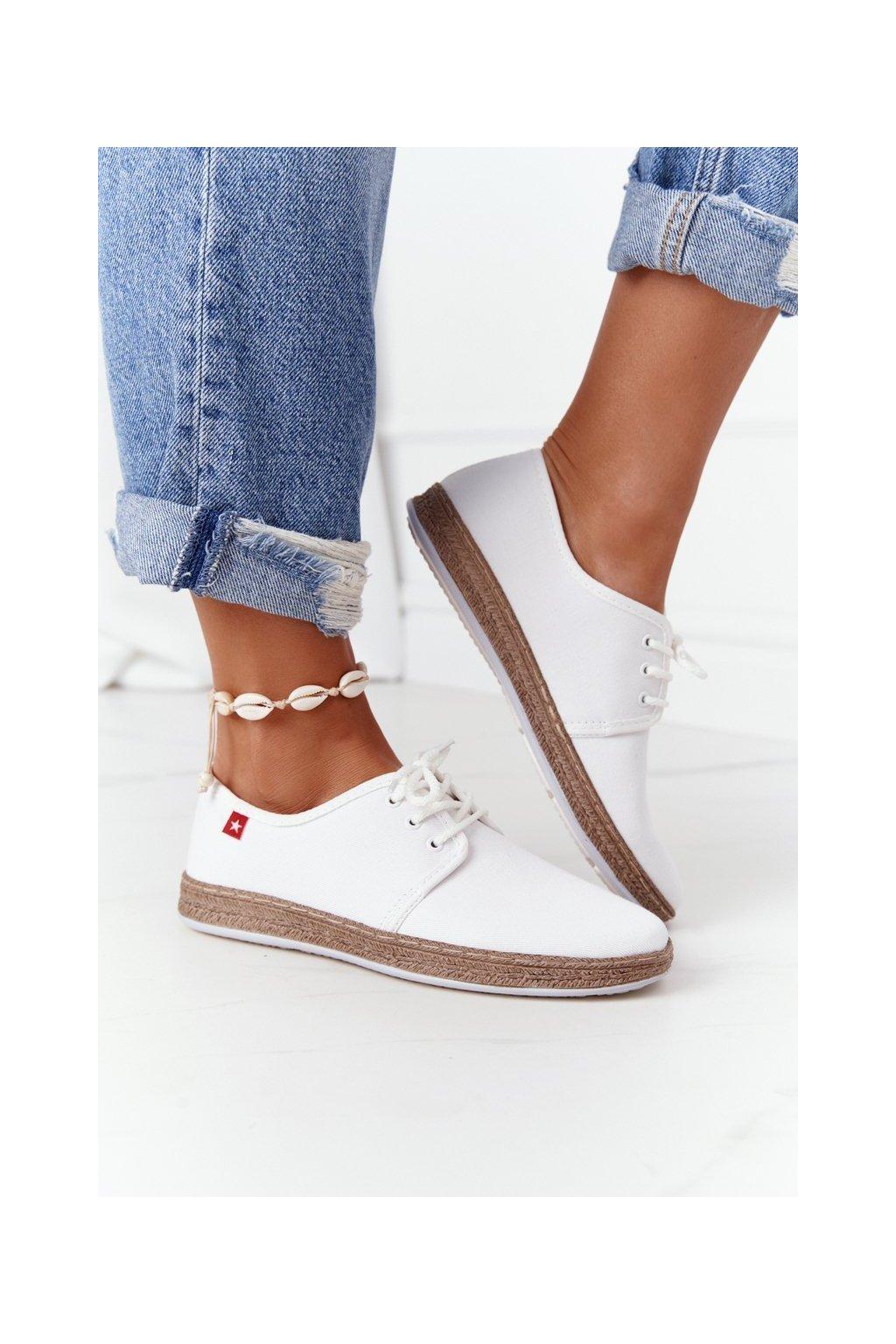 Dámske tenisky farba biela kód obuvi FF276043 WHITE