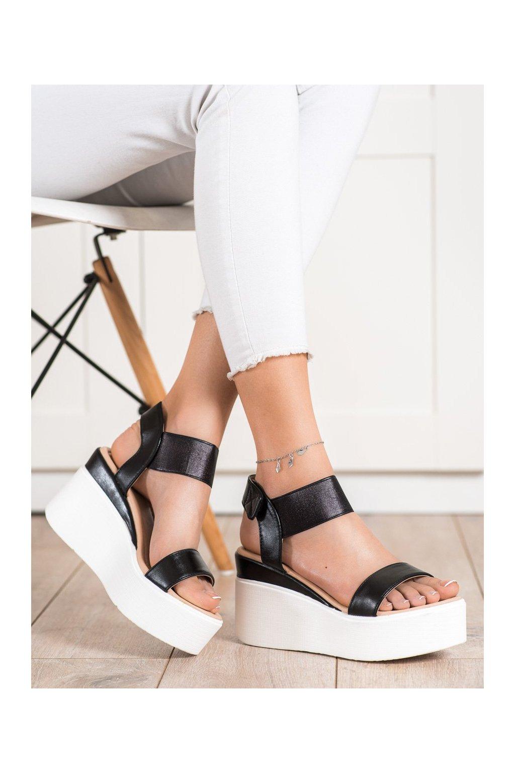 Čierne sandále Small swan kod OM5435B