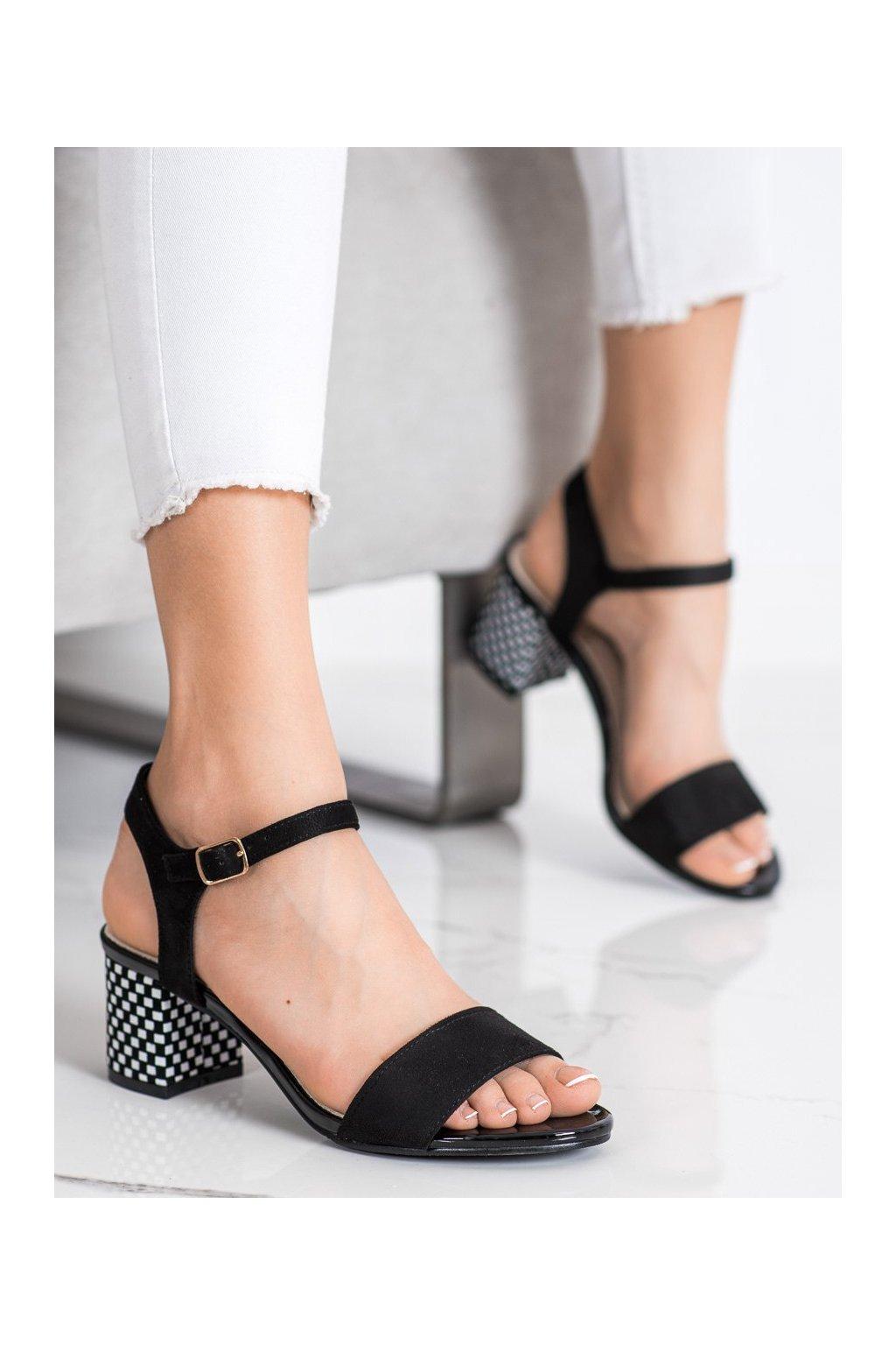 Čierne sandále Goodin kod GD-FL1028B-B