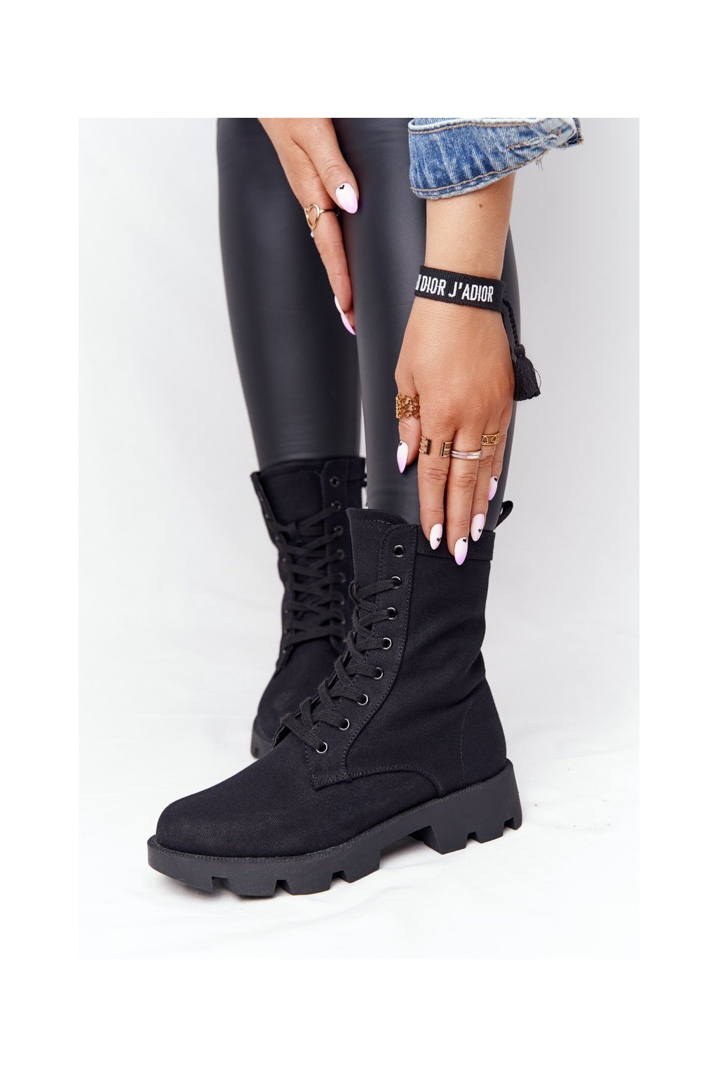 Členkové topánky na podpätku farba čierna NJSK 99-117 BLK