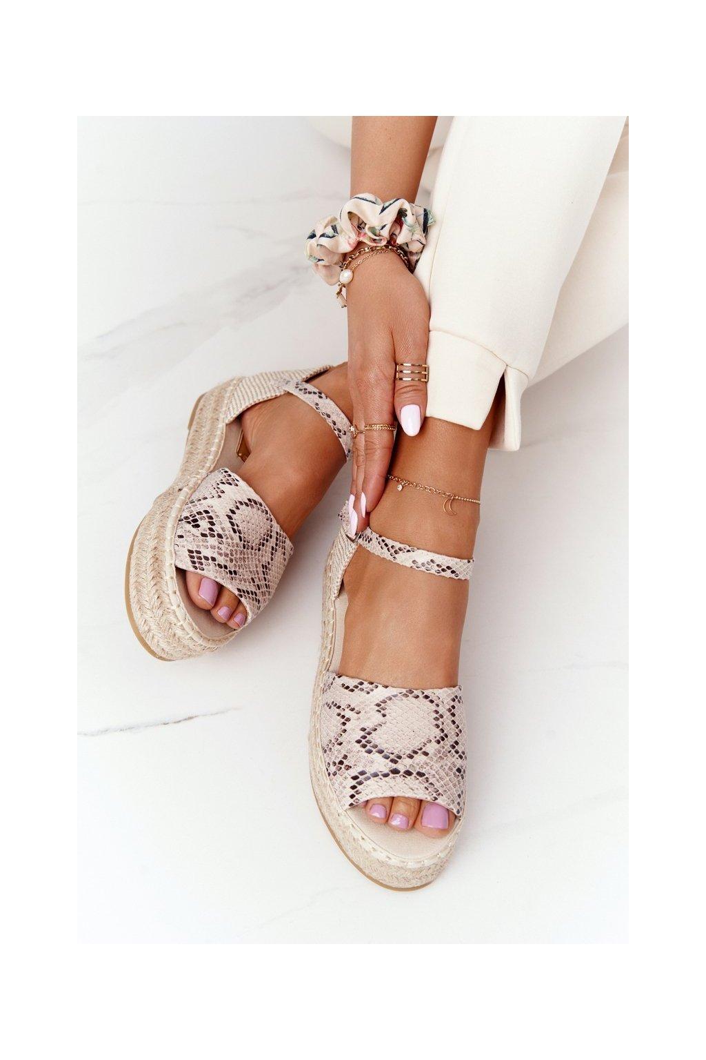 Dámske sandále farba hnedá kód obuvi A663 SNAKE