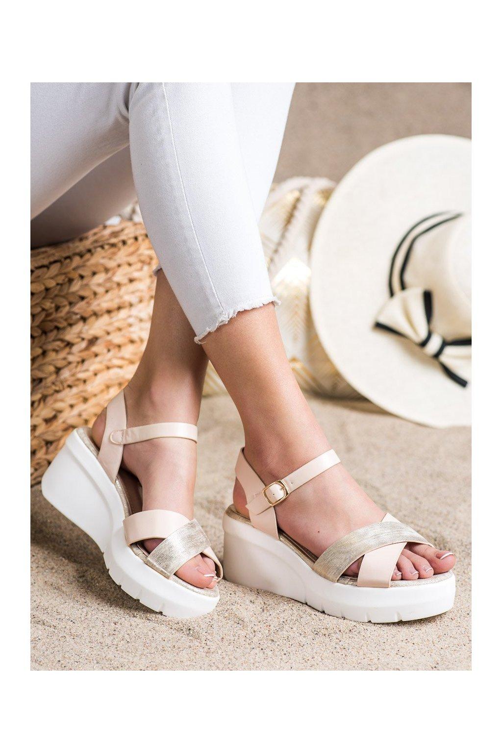 Hnedé sandále Small swan kod XH01BE
