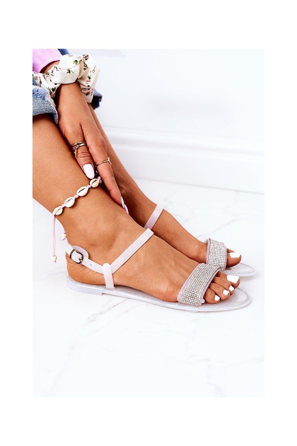 Dámske sandále farba biela kód obuvi B609 WHITE