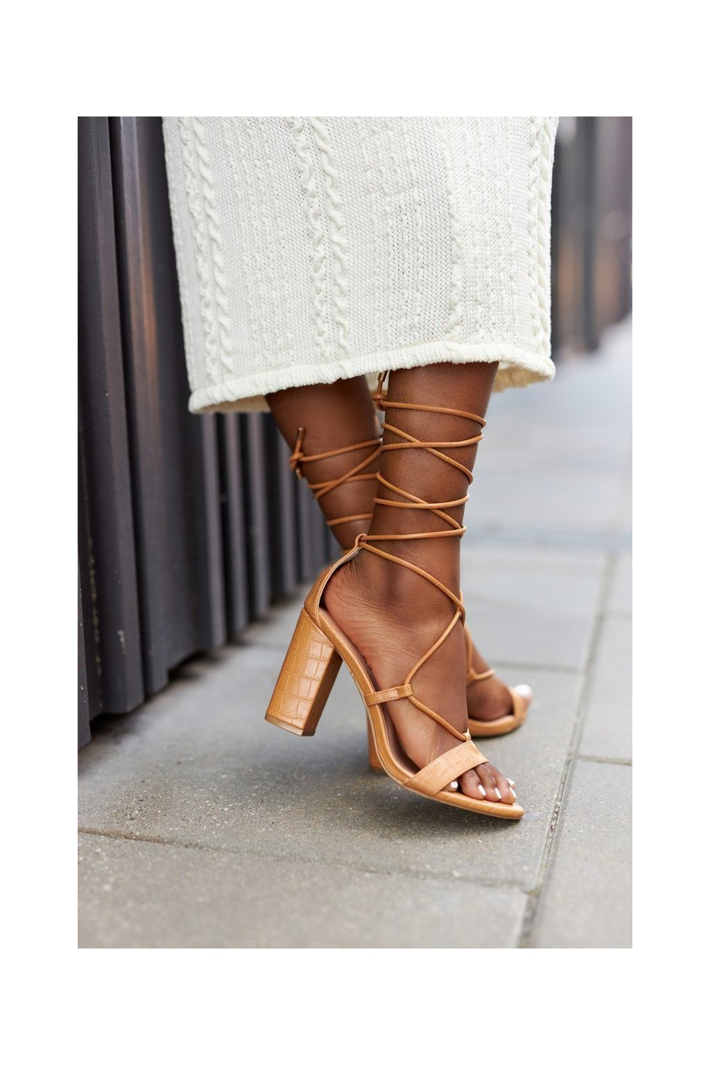 Dámske sandále farba hnedá kód obuvi SY63P CAMEL