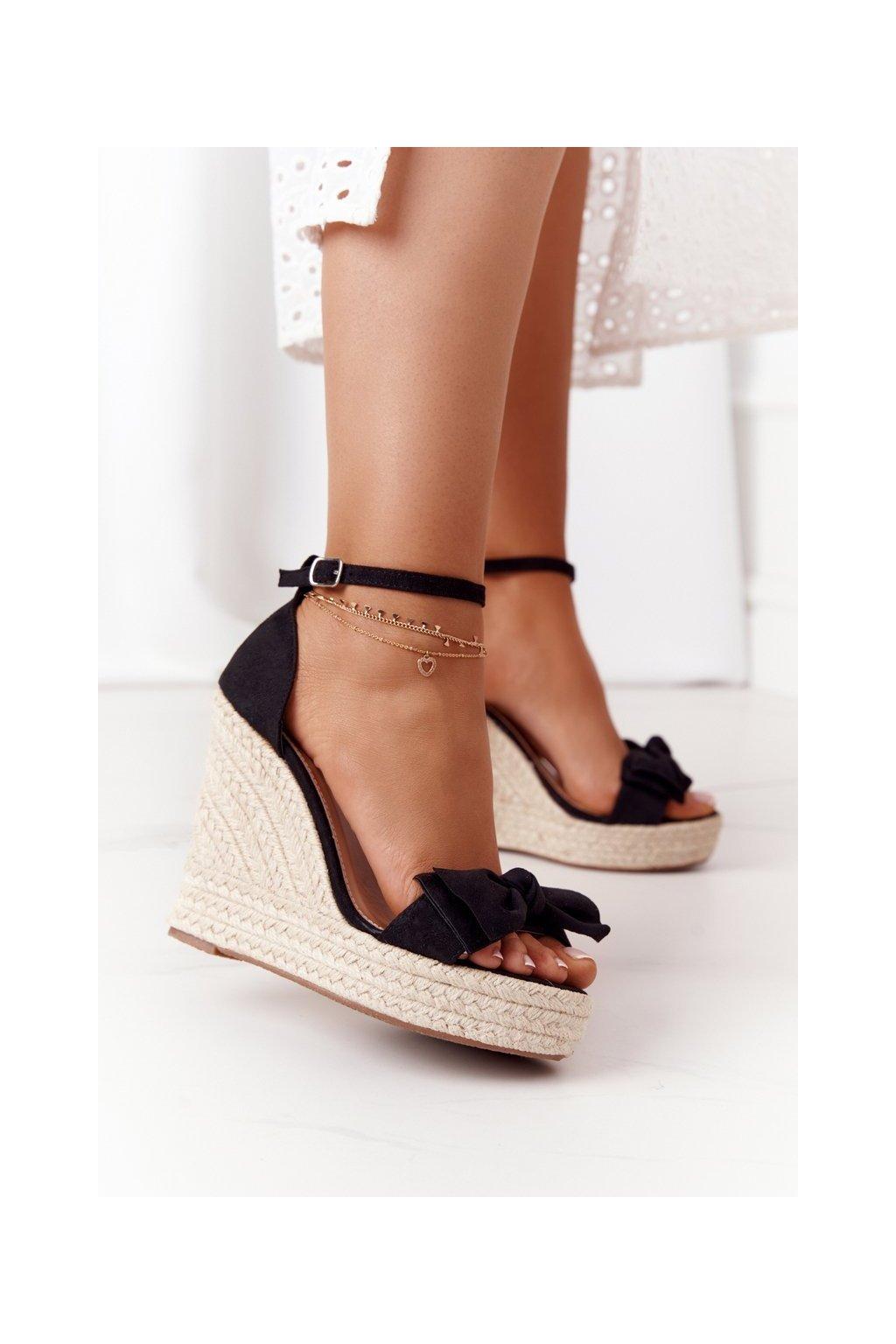 Dámske sandále farba čierna NJSK 108-15 BLACK