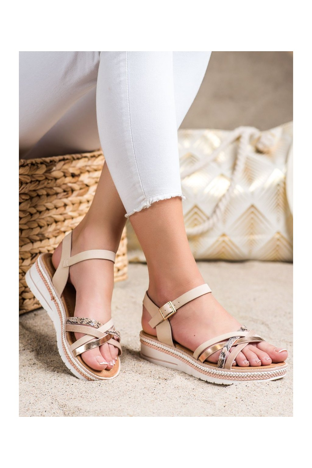 Ružové sandále Groto gogo kod G245P