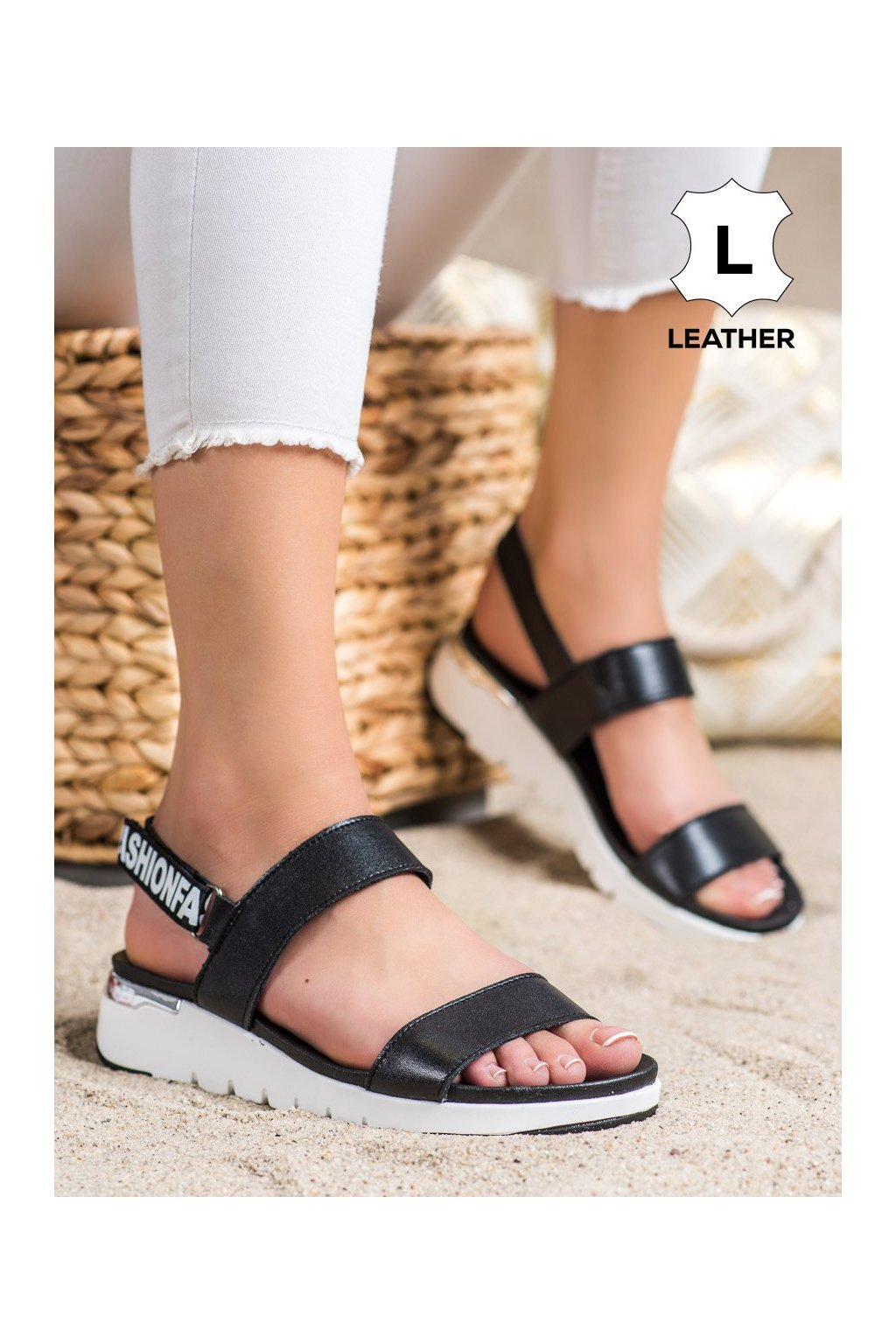 Čierne sandále Filippo kod DS2141/21B