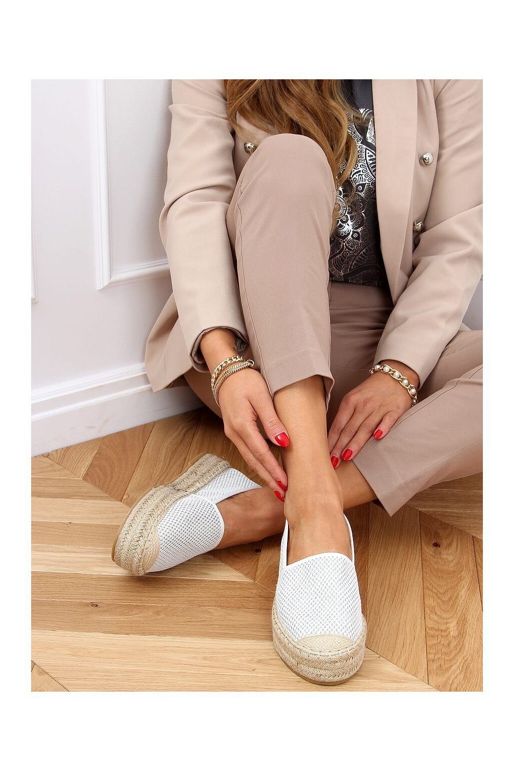 Dámske sandále biele na plochom podpätku A666-ESP-1