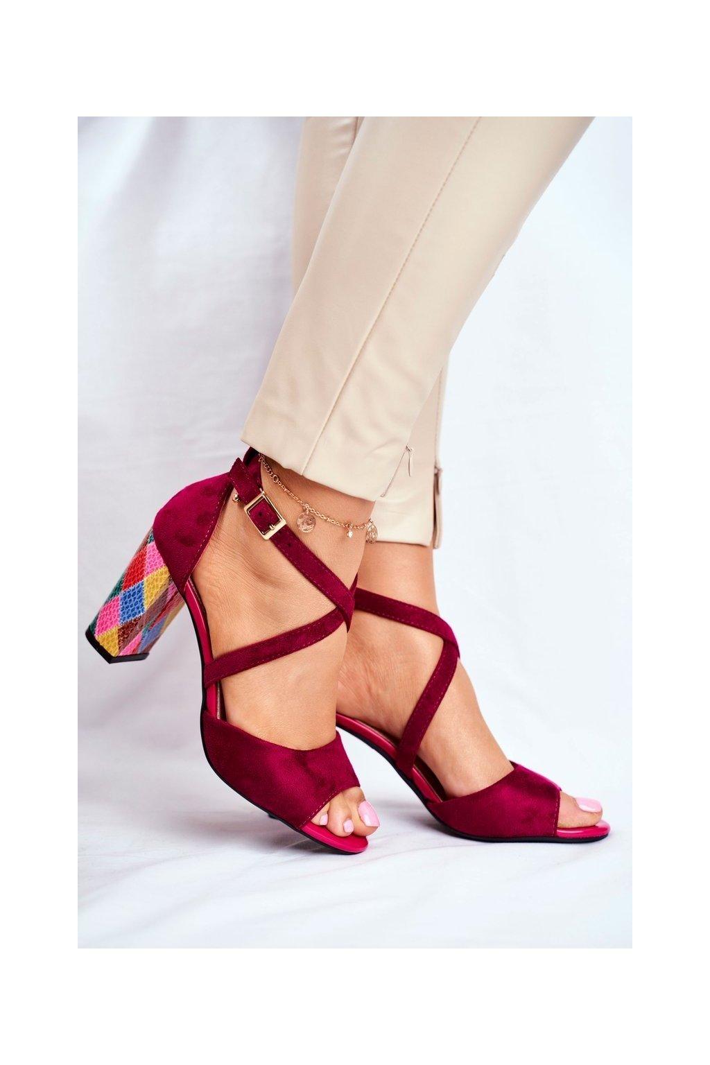 Dámske sandále na podpätku farba ružová NJSK SK865 FUCHSIA MIC