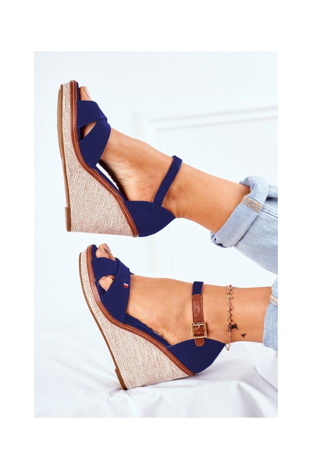 Dámske sandále na platforme farba modrá NJSK R133P BLUE