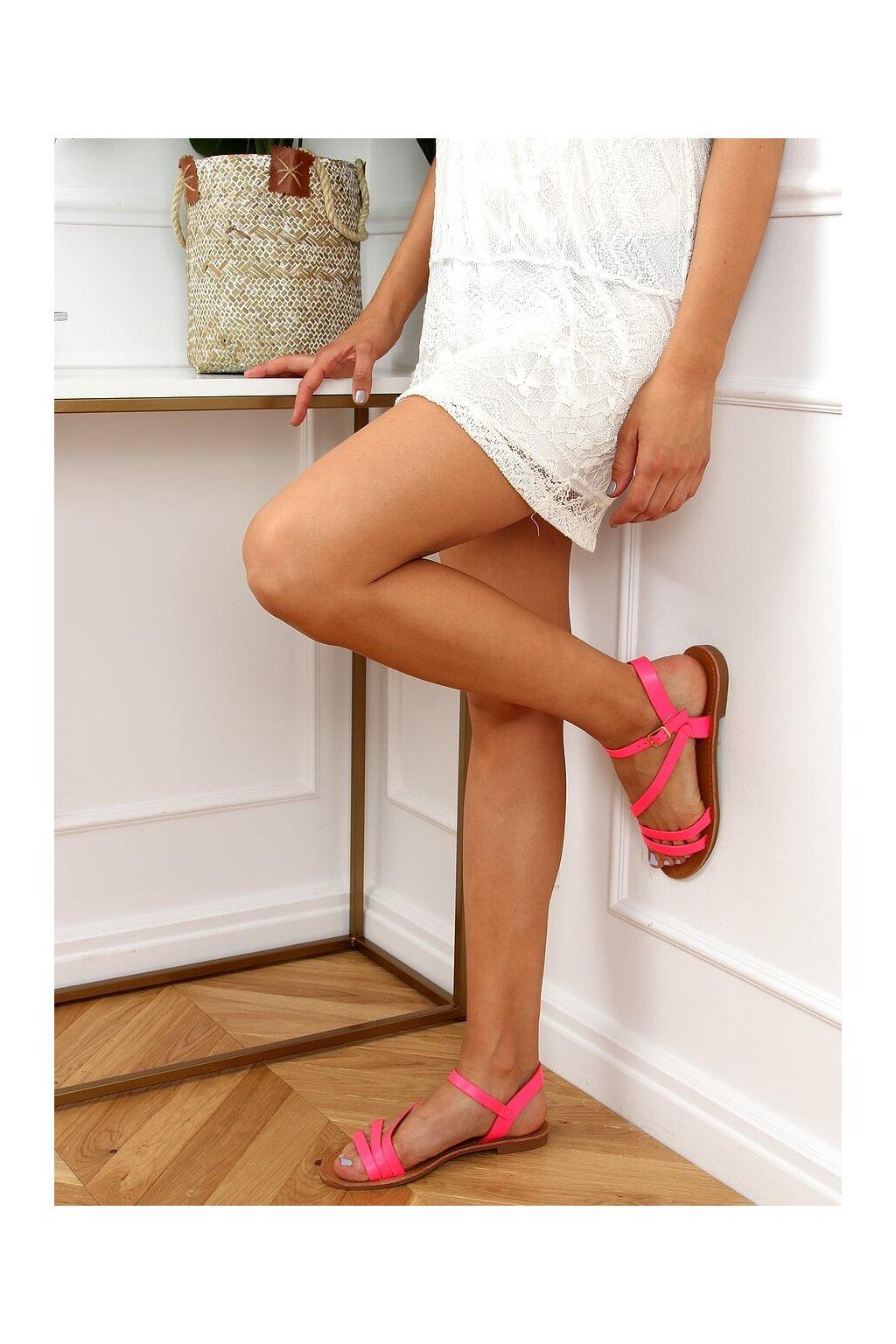 Dámske sandále ružové na plochom podpätku BH1651-SD
