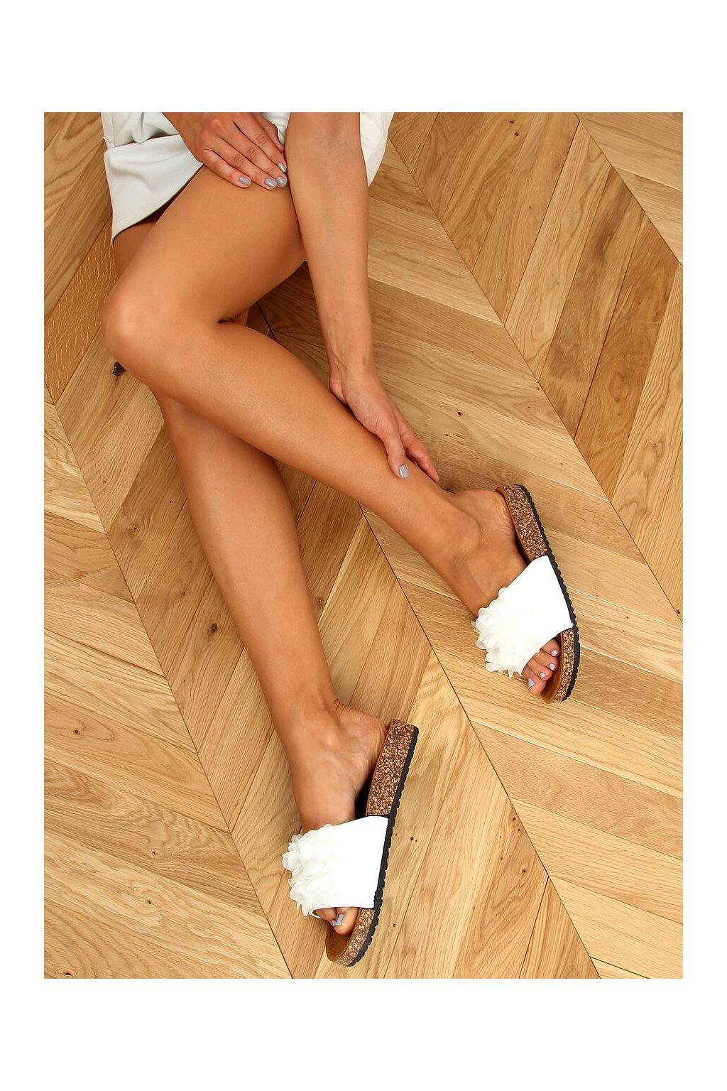 Damske šľapky biele 620-73