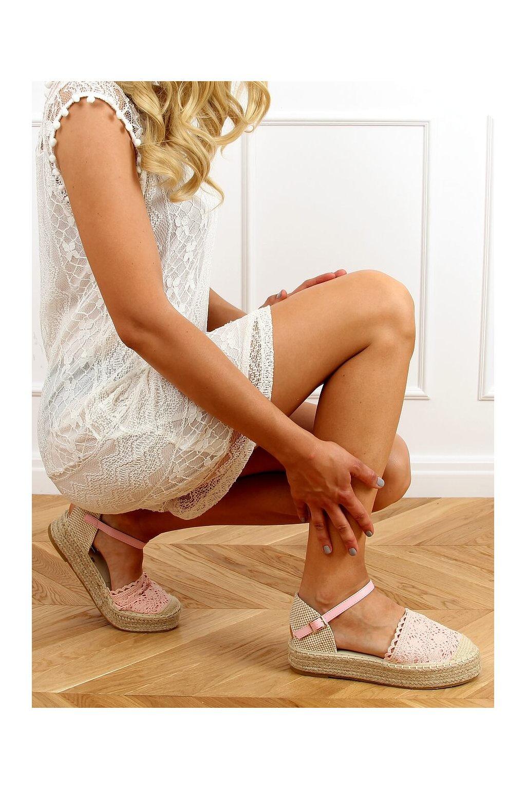Dámske sandále ružové na plochom podpätku 919-4