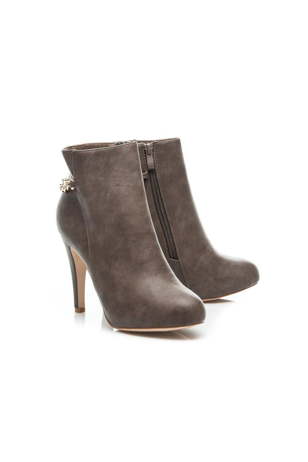 Sivé topánky na vysokom opätku 99557G / R13B veľ.č. 39, 40 (Veľkosť UK7 / EUR 40)