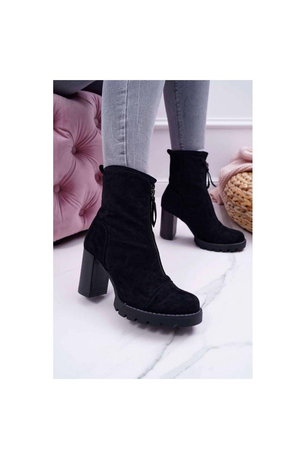 cierne semisove cizmy na stabilnom podpaetku pre damy