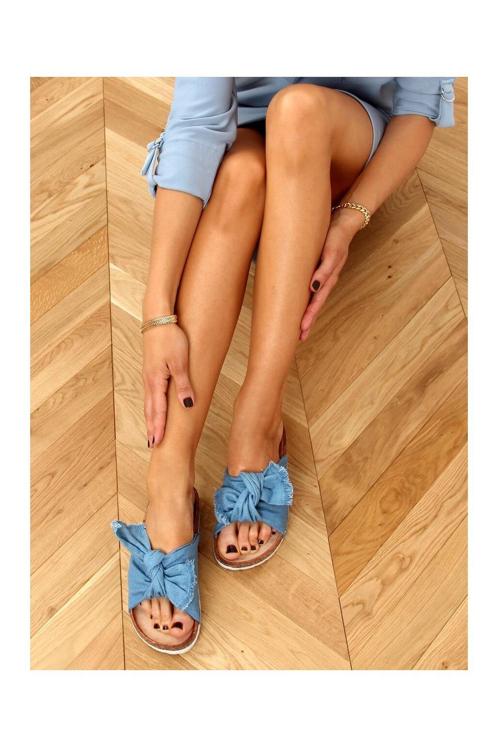 Damske šľapky modré WS11
