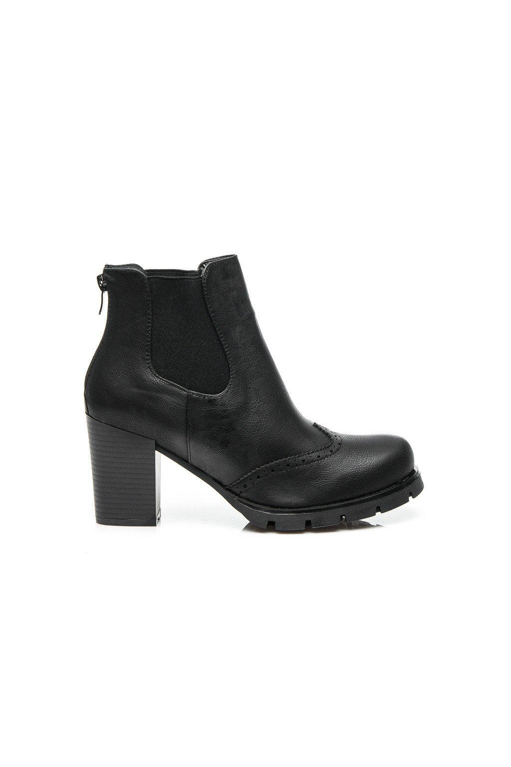 Čierne topánky (Veľkosť UK5 / EUR 38)