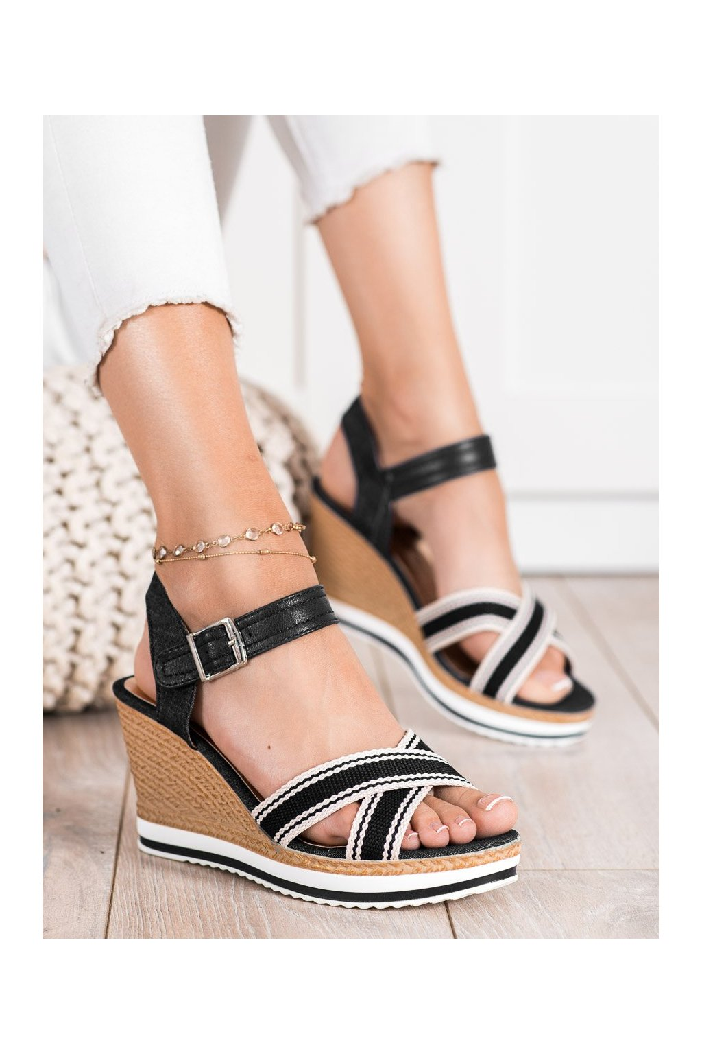 Čierne dámske sandále Shelovet kod A89930B