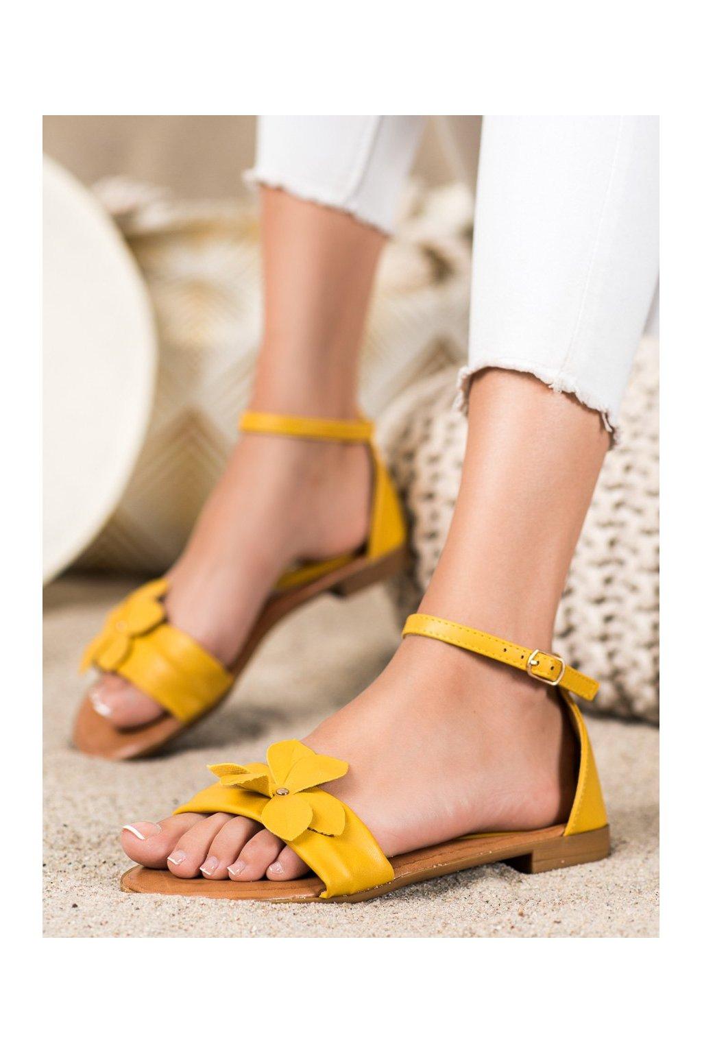 Žlté dámske sandále Diamantique kod LT1719Y