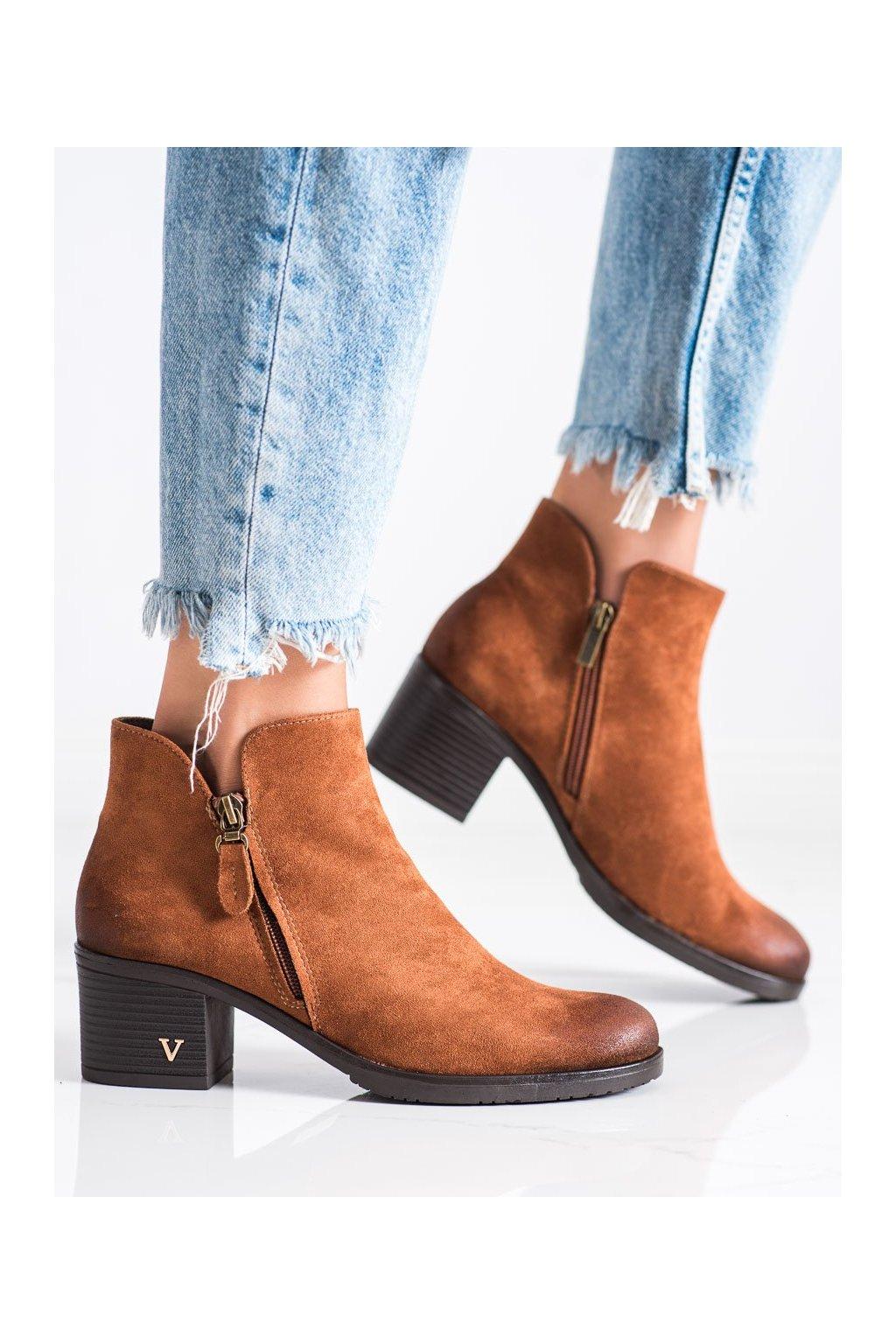 Hnedé dámske topánky Vinceza kod XY22-10631C