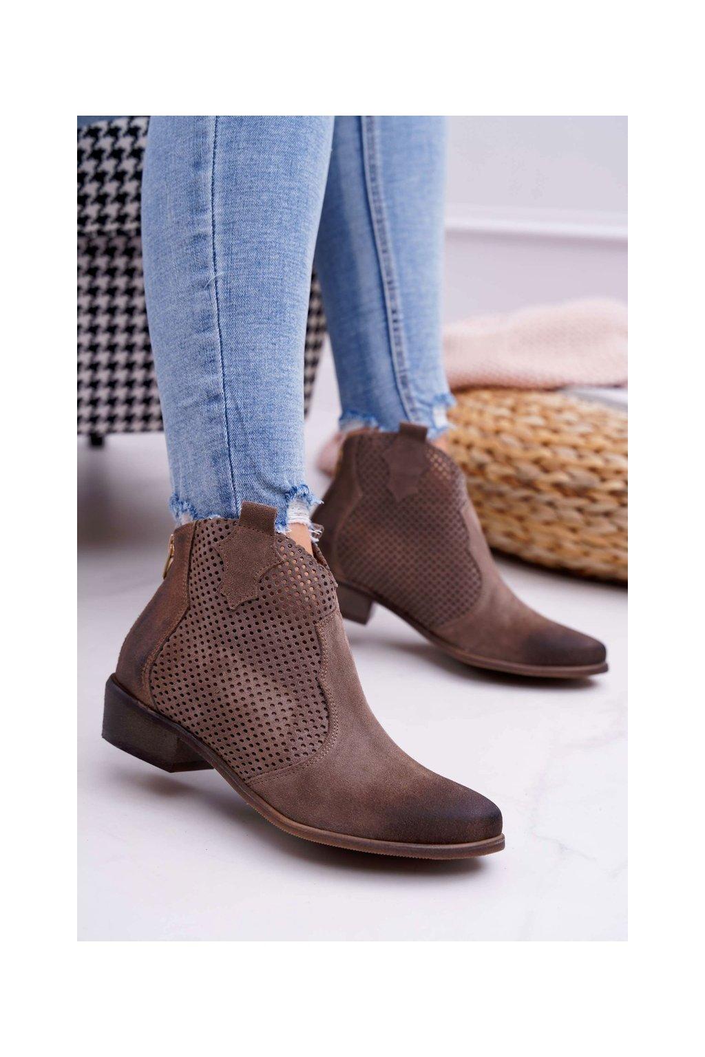 Členkové topánky na podpätku farba hnedá kód obuvi 1166 ALMOND