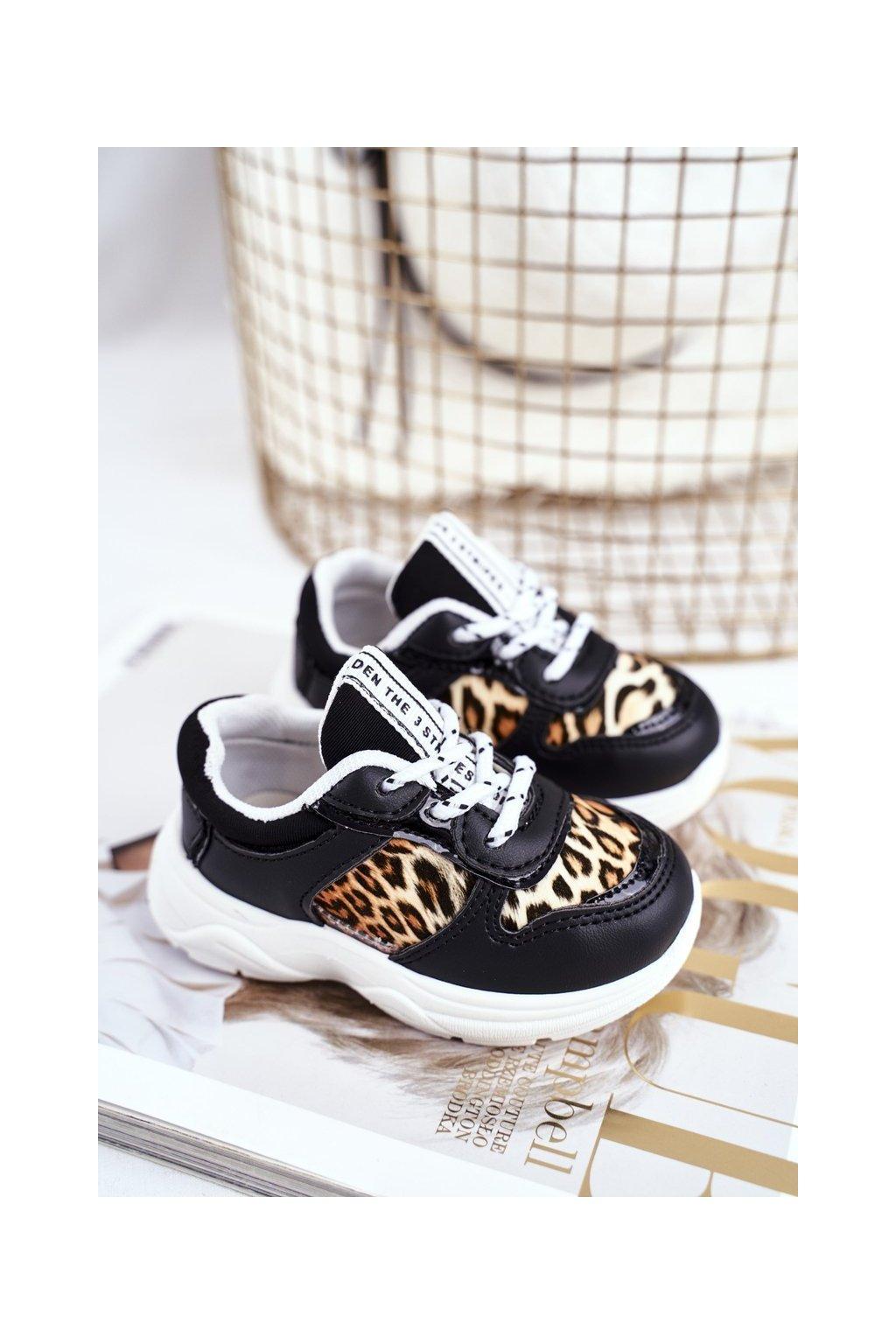 Dámske tenisky farba čierna kód obuvi 802-A BLACK