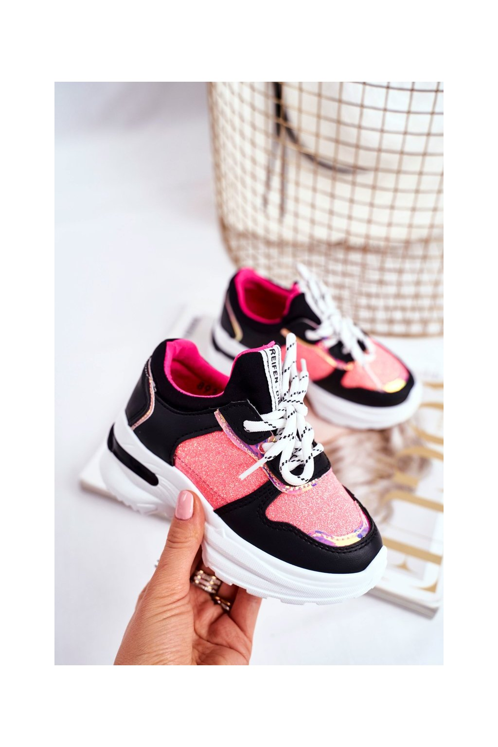 Dámske tenisky farba čierna kód obuvi 893-A BLACK/FUCHSIA