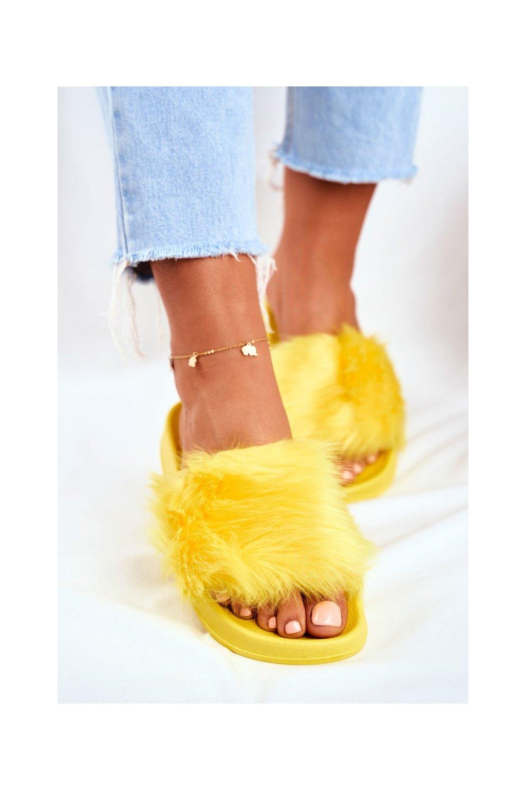 Dámske šľapky farba žltá kód obuvi ZD800-95 L.YELLOW