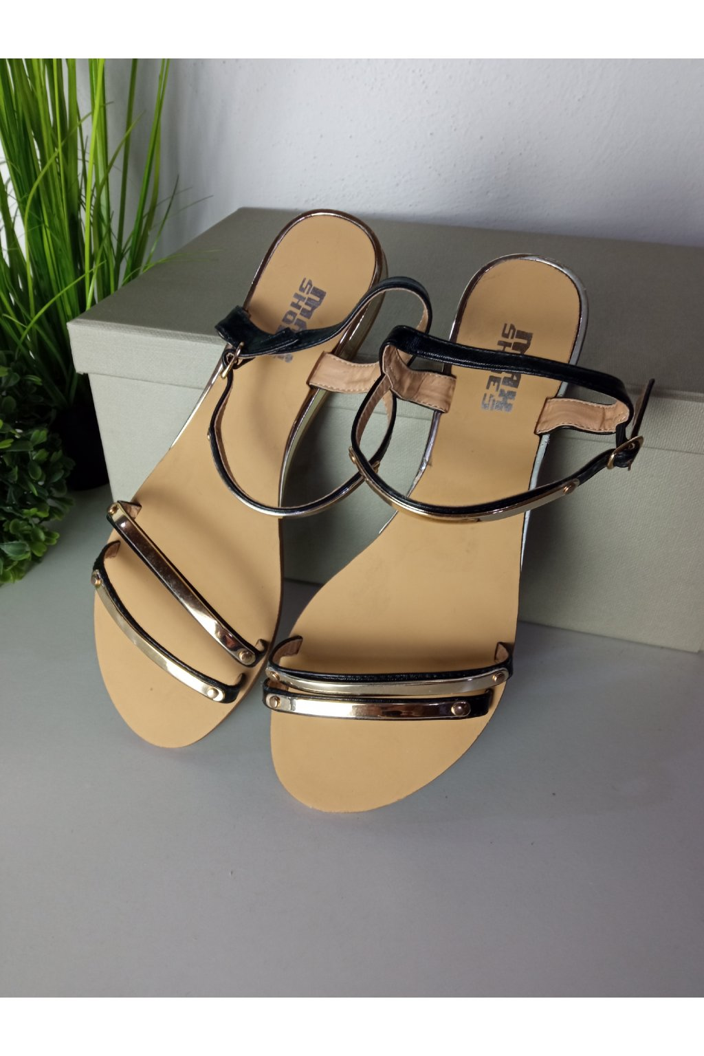 Čierne sandále NJSK 688-181B