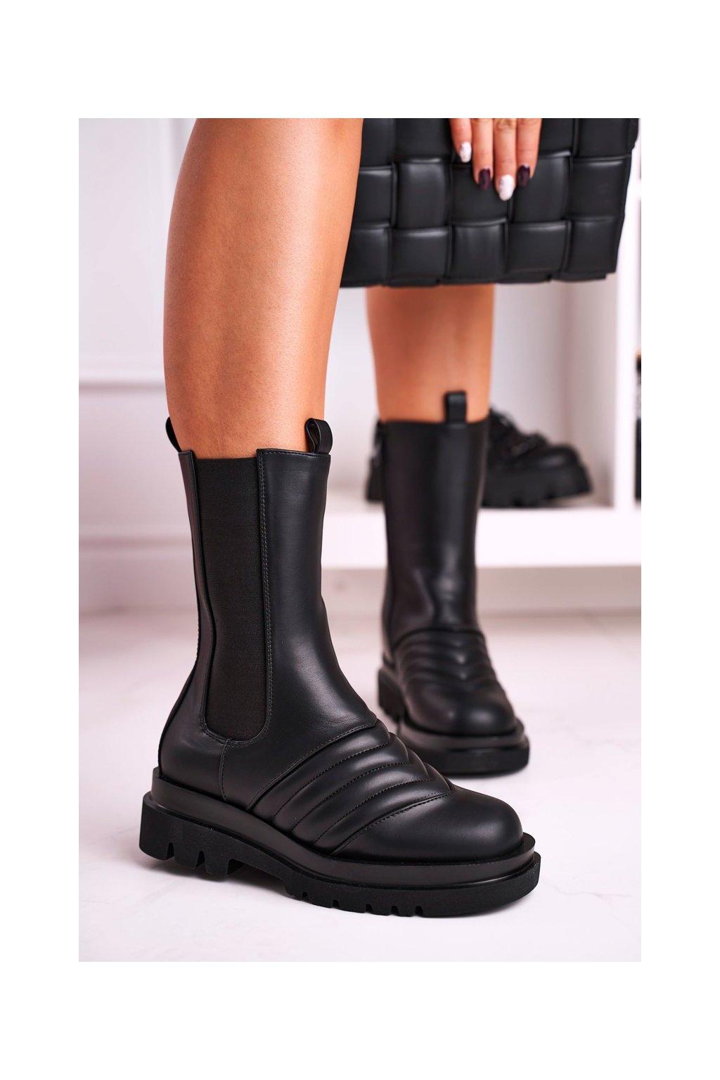 Členkové topánky na podpätku farba čierna kód obuvi 198-2 BLK