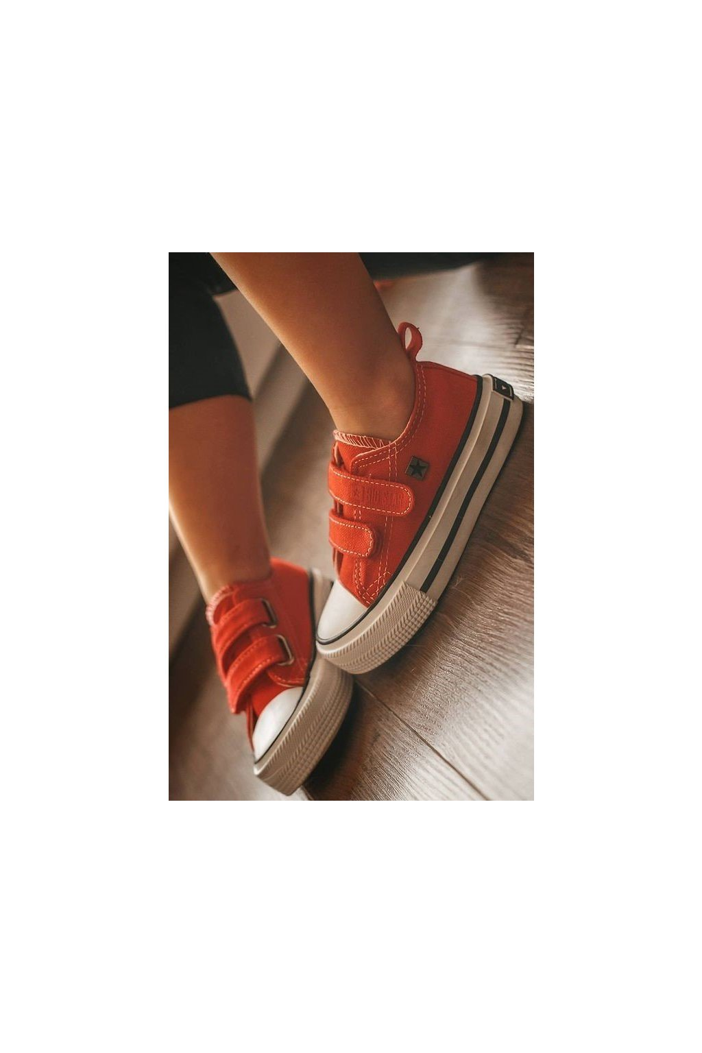 Detské tenisky farba červená kód obuvi HH374098 RED