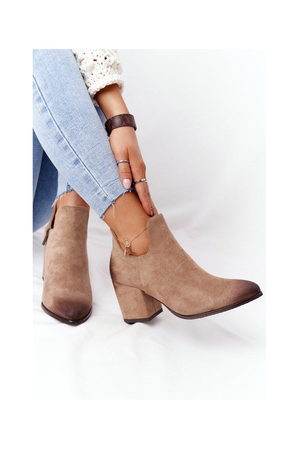 Členkové topánky na podpätku farba hnedá kód obuvi 21-10558 BE BEIGE