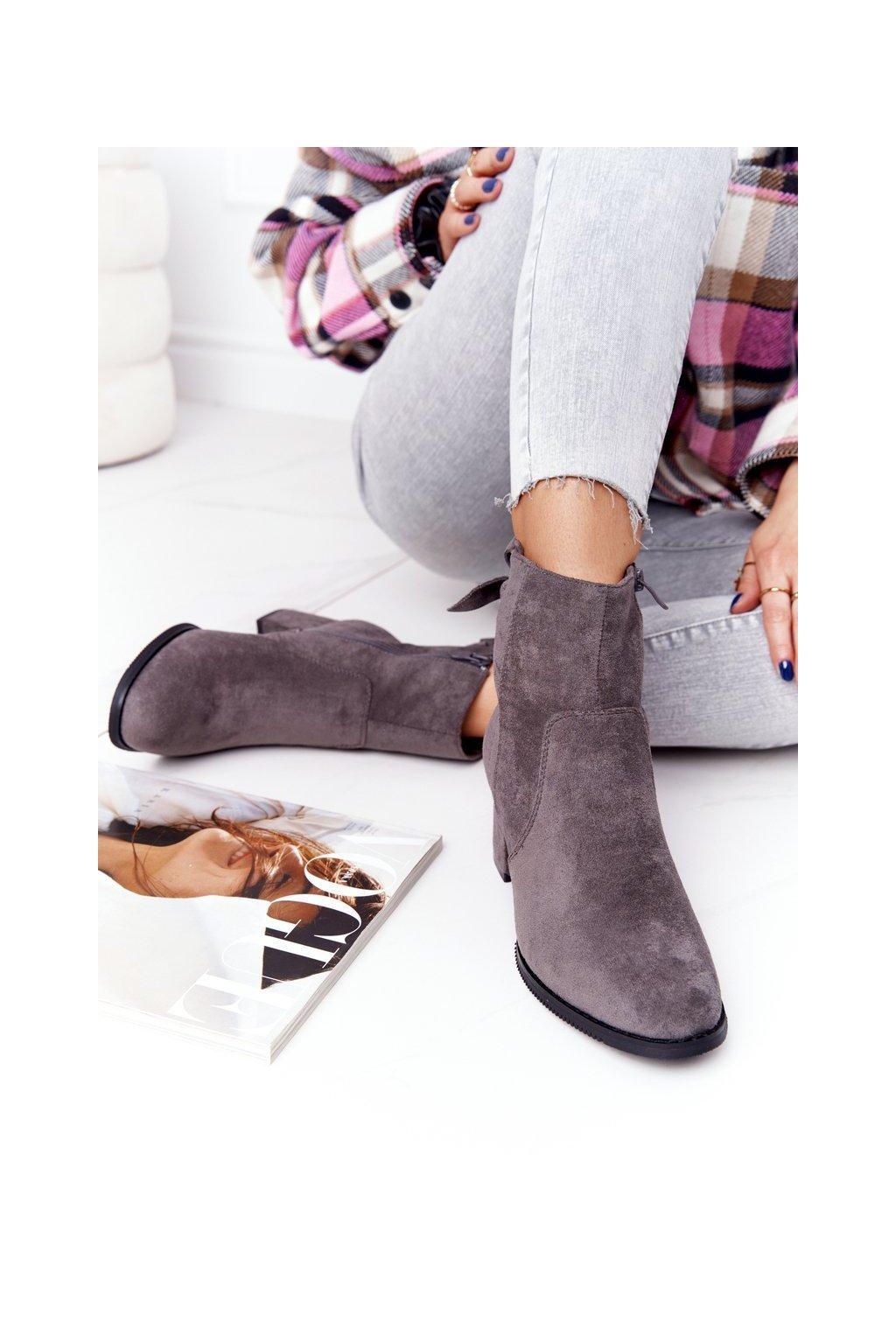 Členkové topánky na podpätku farba sivá kód obuvi 20Y8054-3 GREY