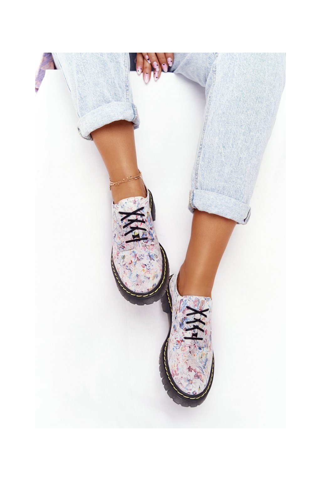 Dámske poltopánky farba biela kód obuvi 04087-38/00-5 WHI/FLOW