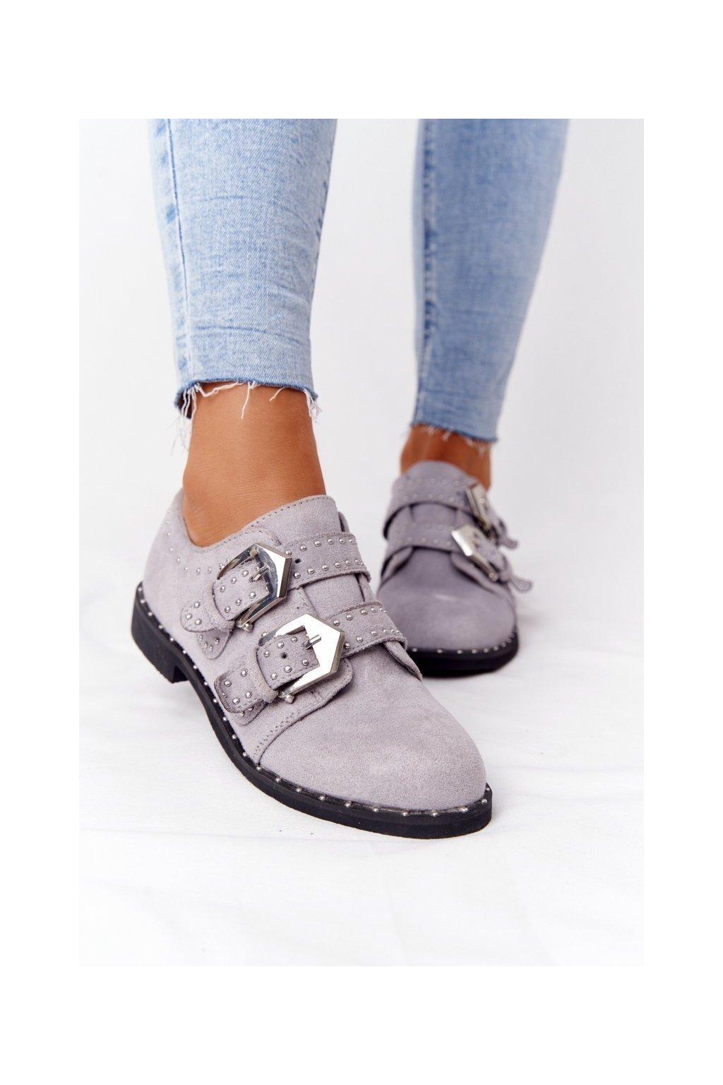 Dámske poltopánky farba sivá kód obuvi XW37311 GREY SUEDE