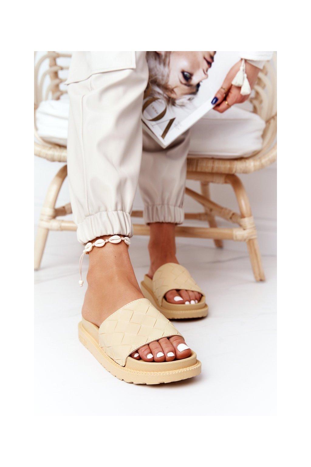 Dámske šľapky farba žltá kód obuvi HH274689 YELLOW
