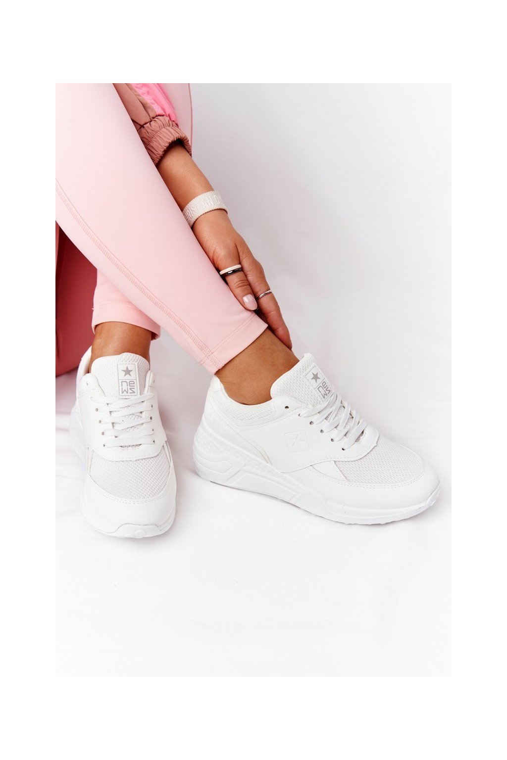 Dámske tenisky farba biela kód obuvi 21SP26-3976 WHITE