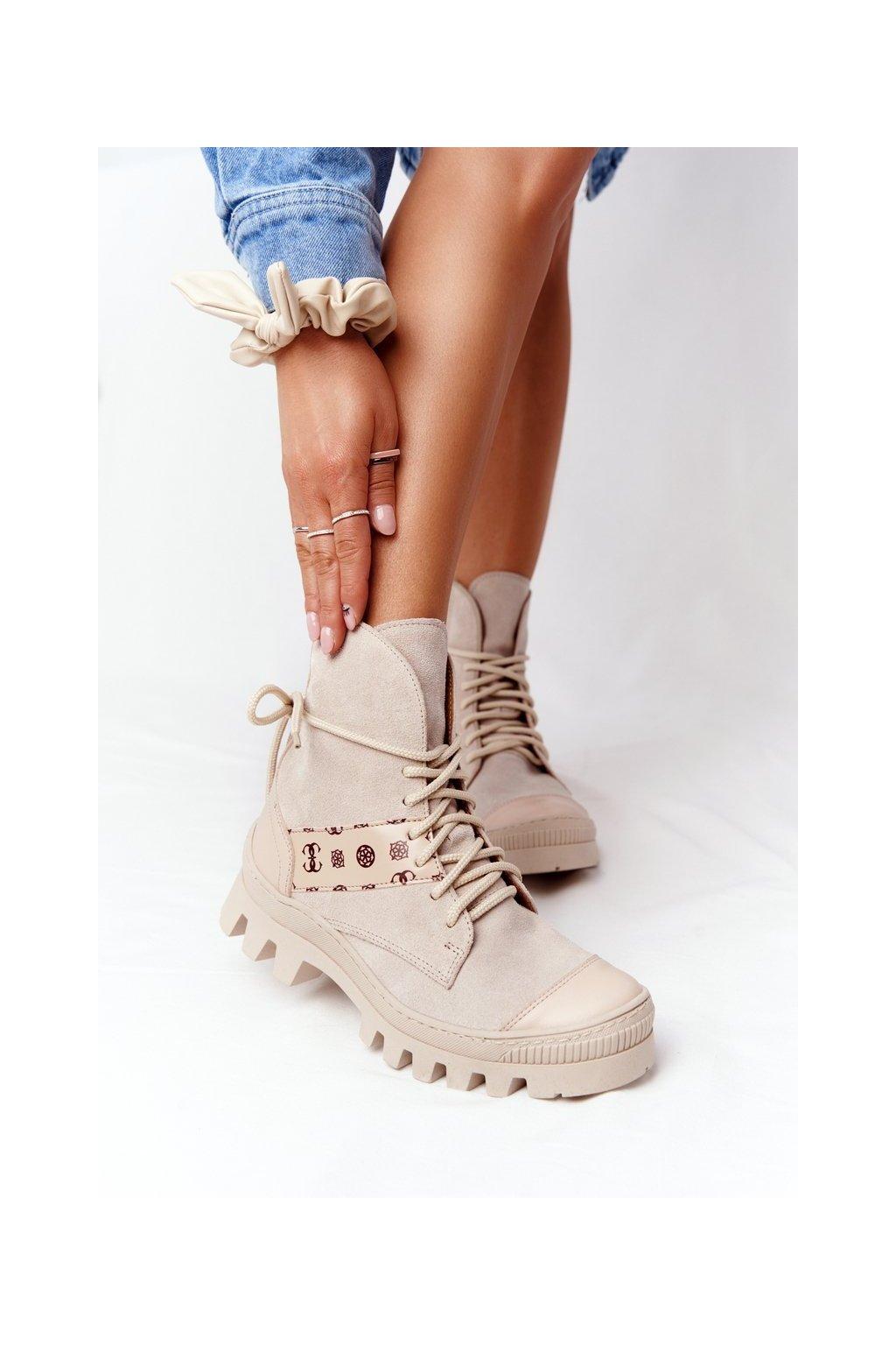 Členkové topánky na podpätku farba hnedá kód obuvi 2942-0 BEŻ JASNY WELUR