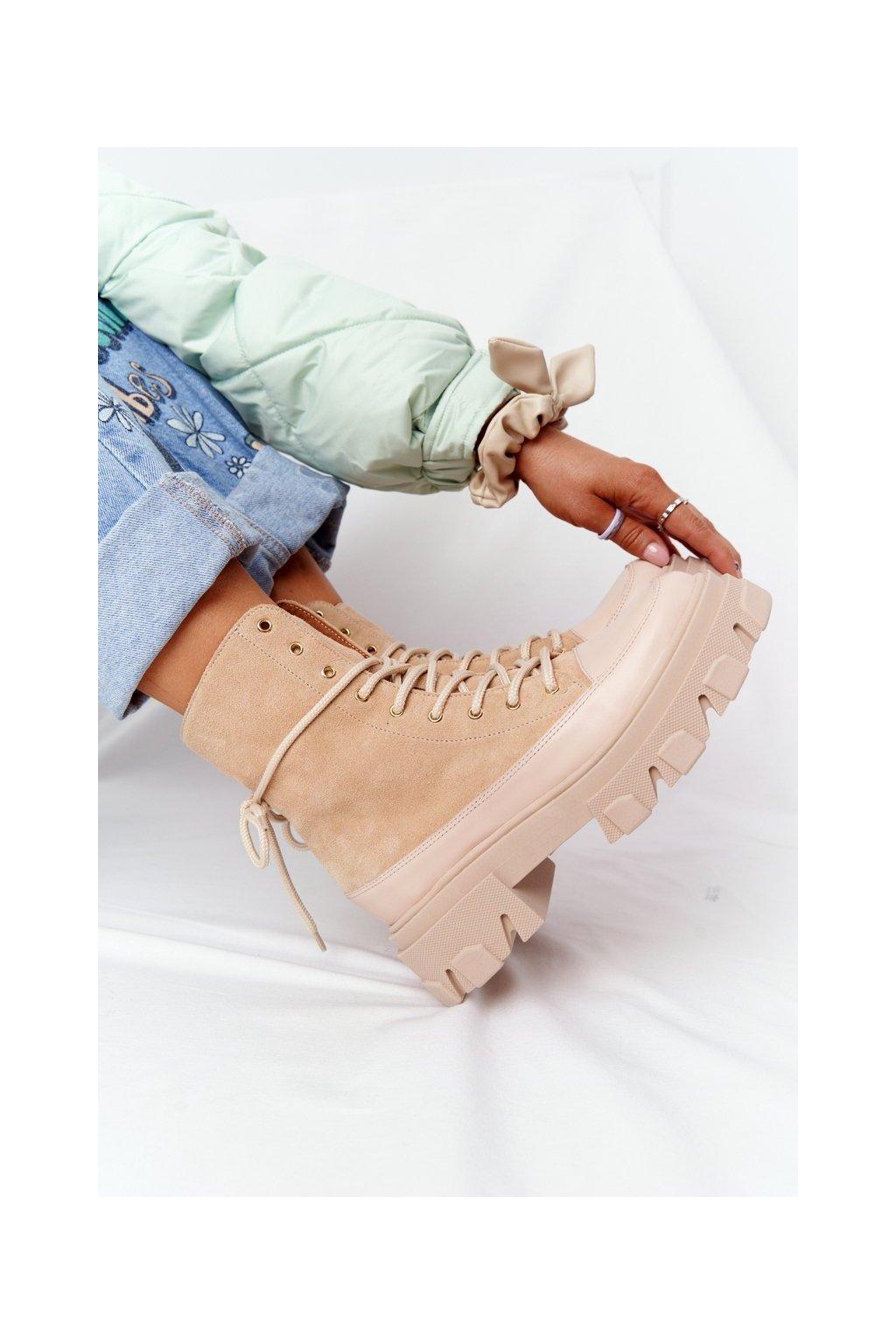 Členkové topánky na podpätku farba hnedá kód obuvi 3007-0 PIASEK WELUR