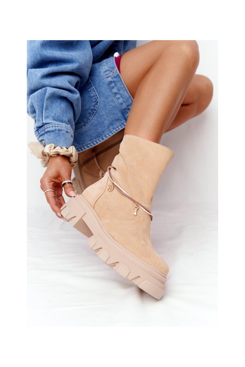 Členkové topánky na podpätku farba hnedá kód obuvi 3006-0 PIASEK WELUR