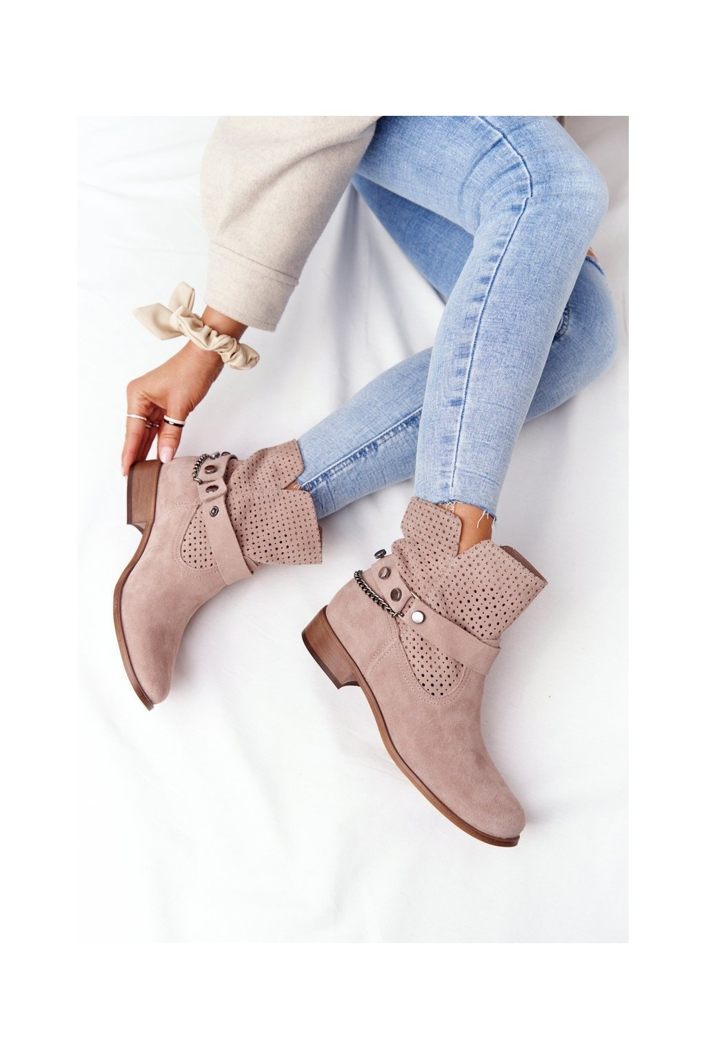 Členkové topánky na podpätku farba hnedá kód obuvi 2905-0 BEŻ WELUR