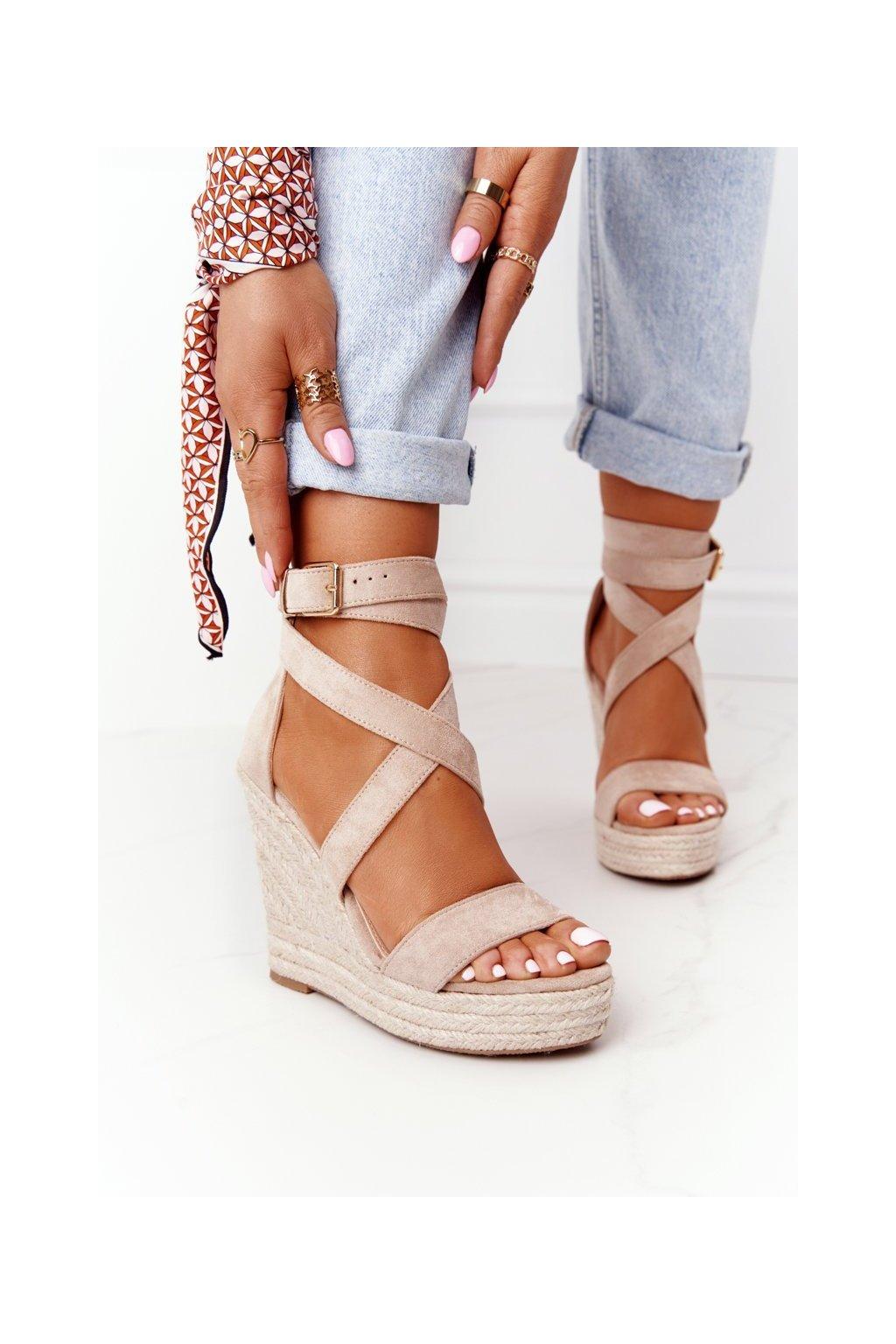 Dámske sandále na platforme farba hnedá kód obuvi BL265-29 BEIGE