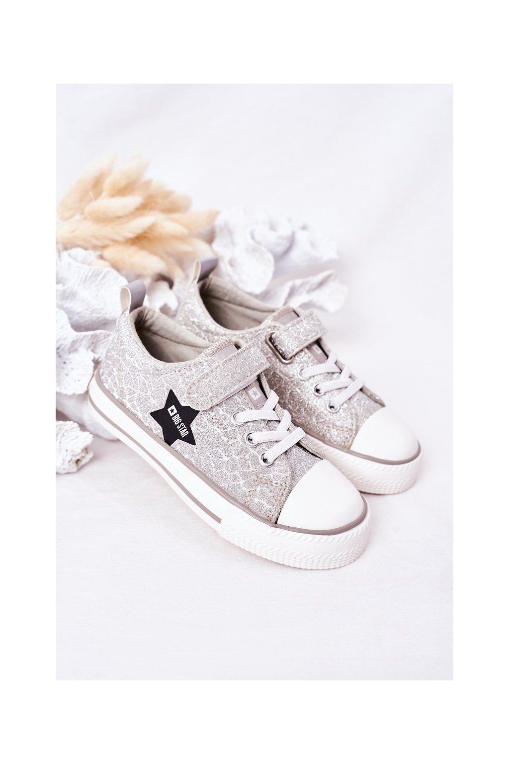 Detské tenisky farba sivá kód obuvi HH374025 SILVER