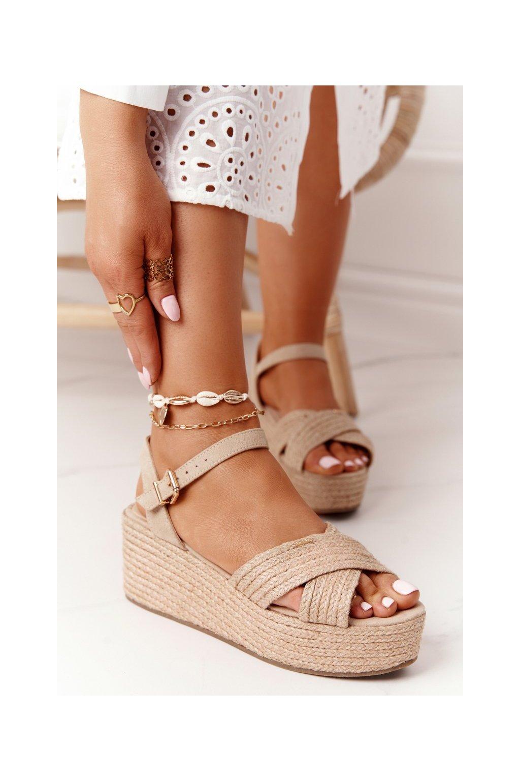 Dámske sandále na platforme farba hnedá kód obuvi FF274761 BEIGE